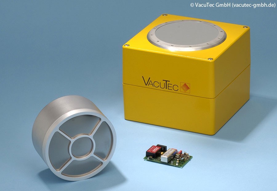 VacuTec with iseg high voltage supplies